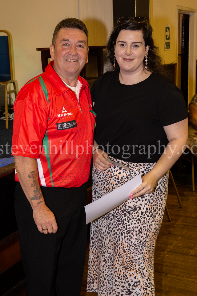 20190825Glamorgan Youth Darts Presentation7.jpg