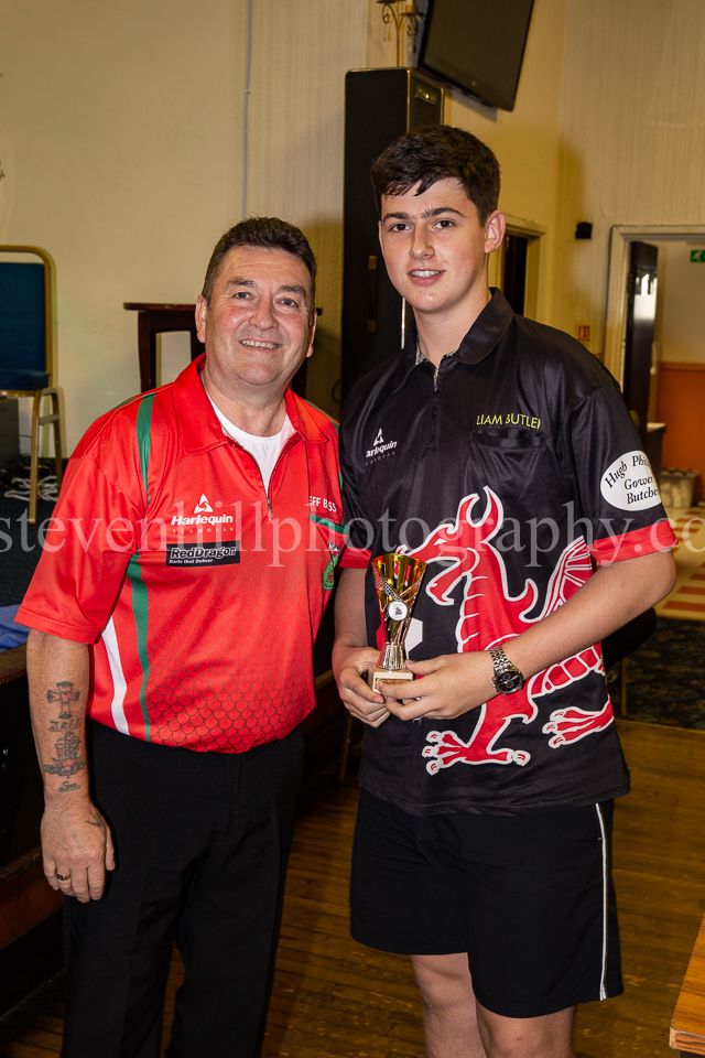 20190825Glamorgan Youth Darts Presentation9.jpg