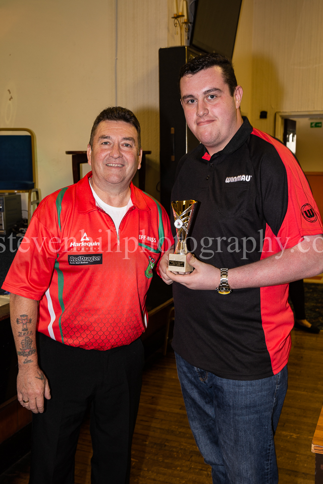 20190825Glamorgan Youth Darts Presentation10.jpg