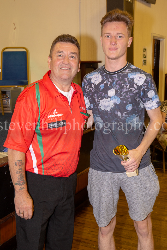 20190825Glamorgan Youth Darts Presentation11.jpg