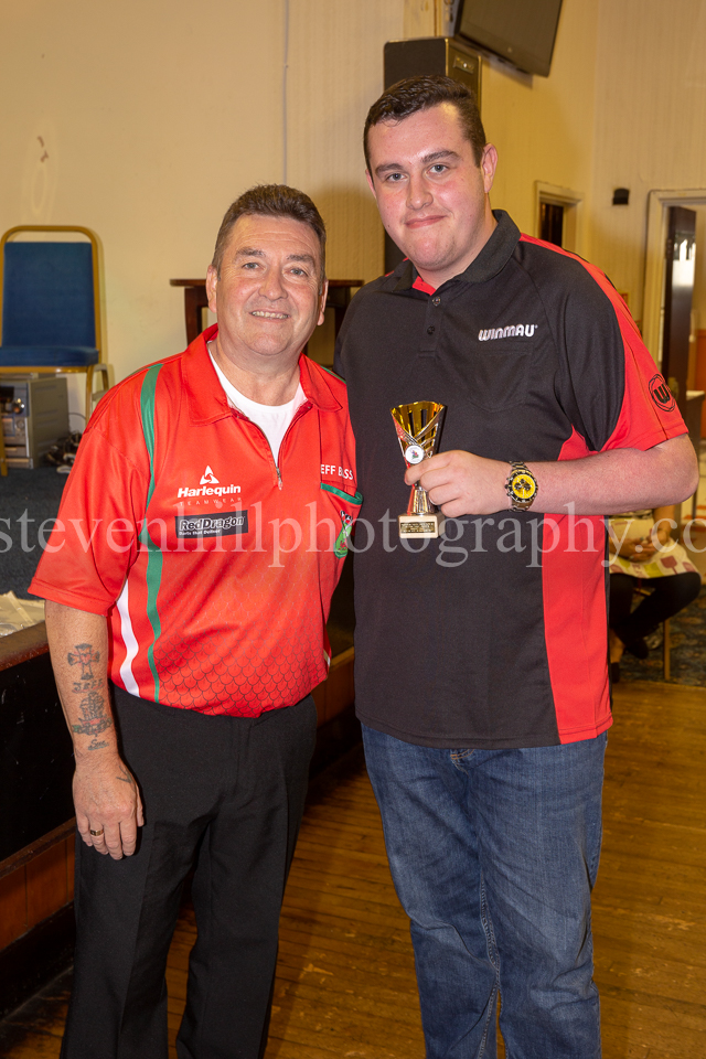 20190825Glamorgan Youth Darts Presentation13.jpg