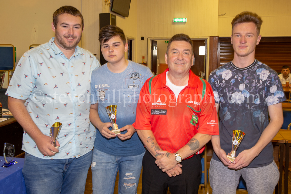 20190825Glamorgan Youth Darts Presentation15.jpg