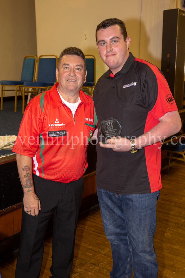 20190825Glamorgan Youth Darts Presentation22.jpg