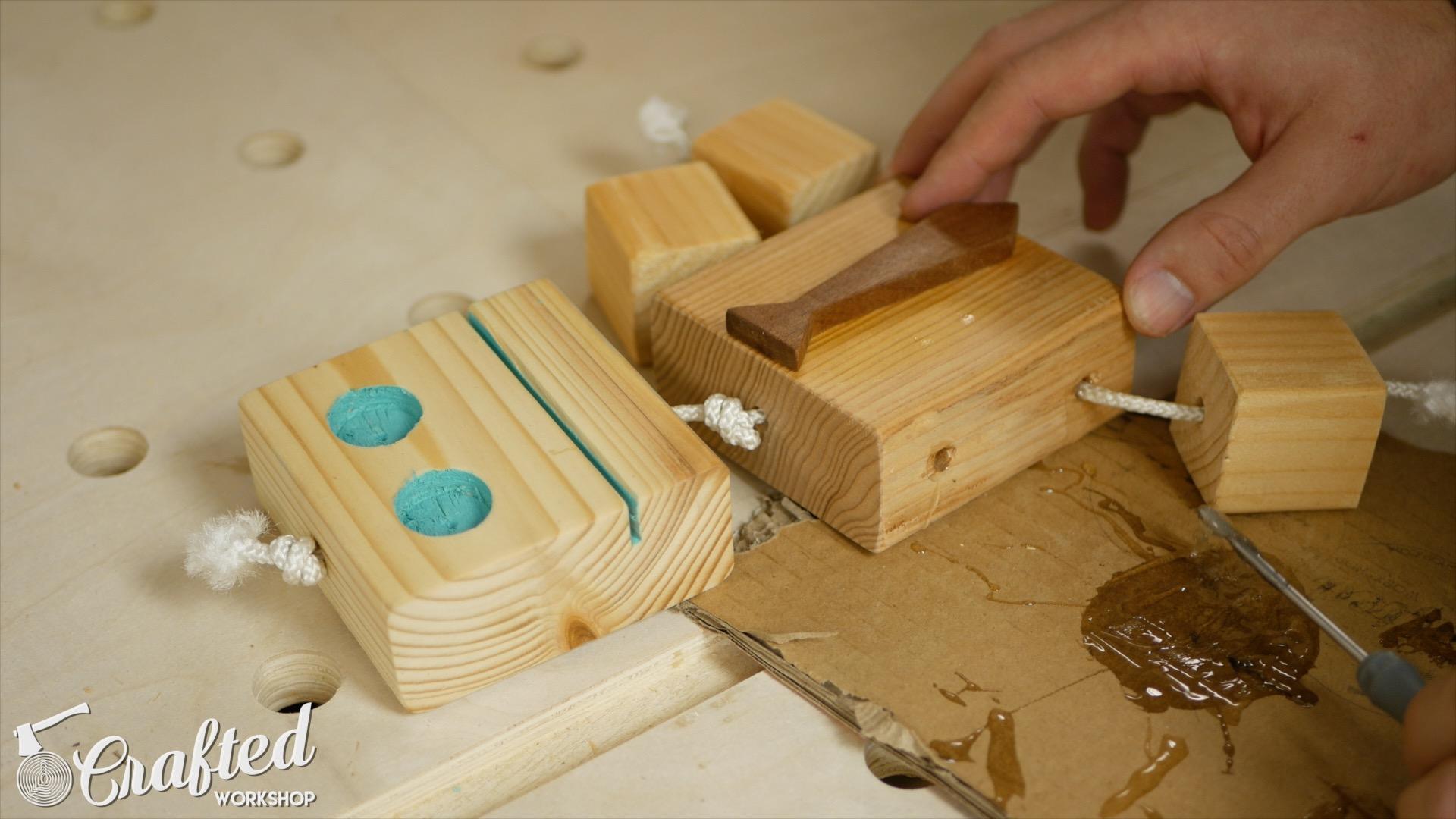 wooden-toy-robot-homemade-diy-12
