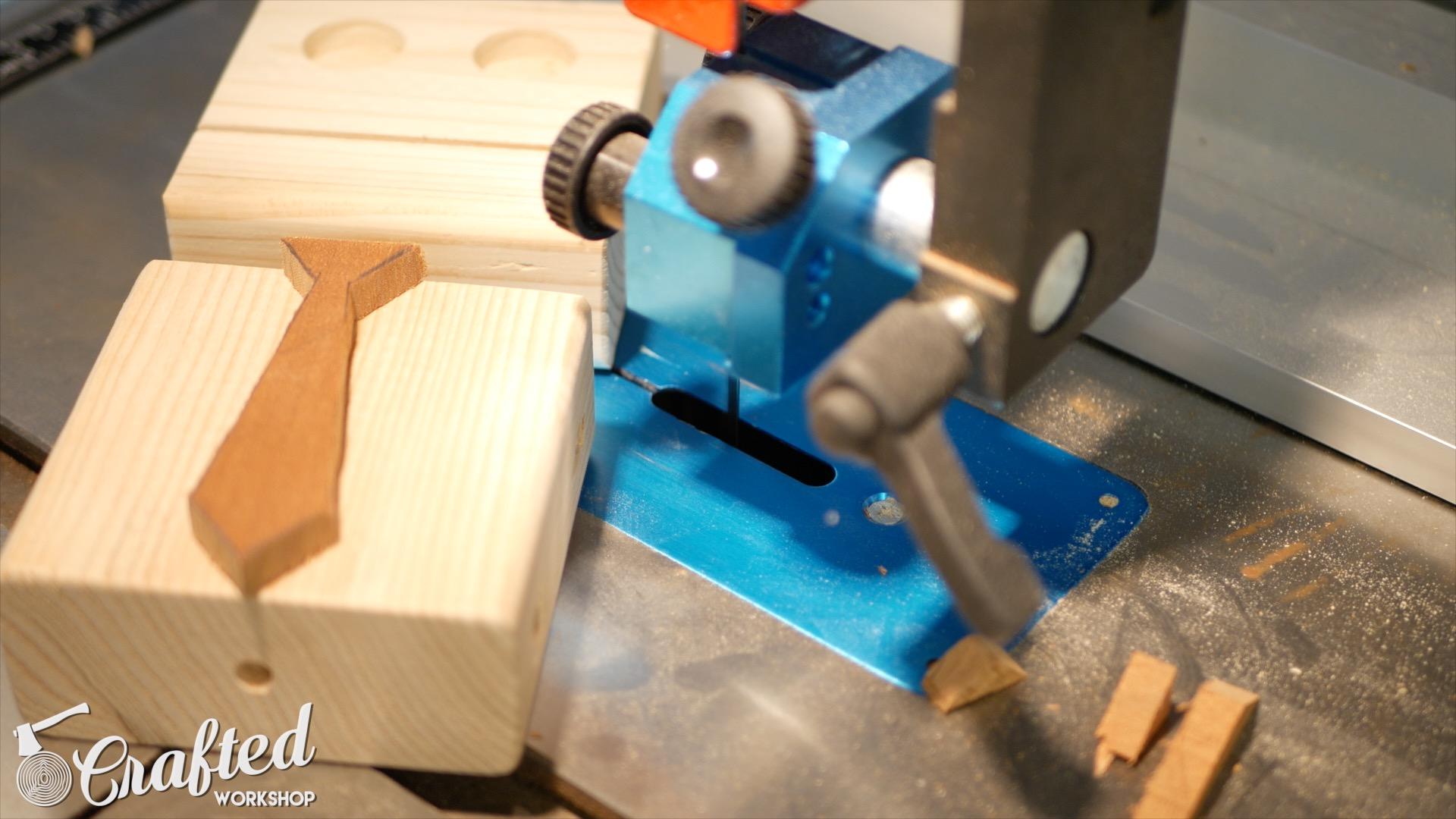 wooden-toy-robot-homemade-diy