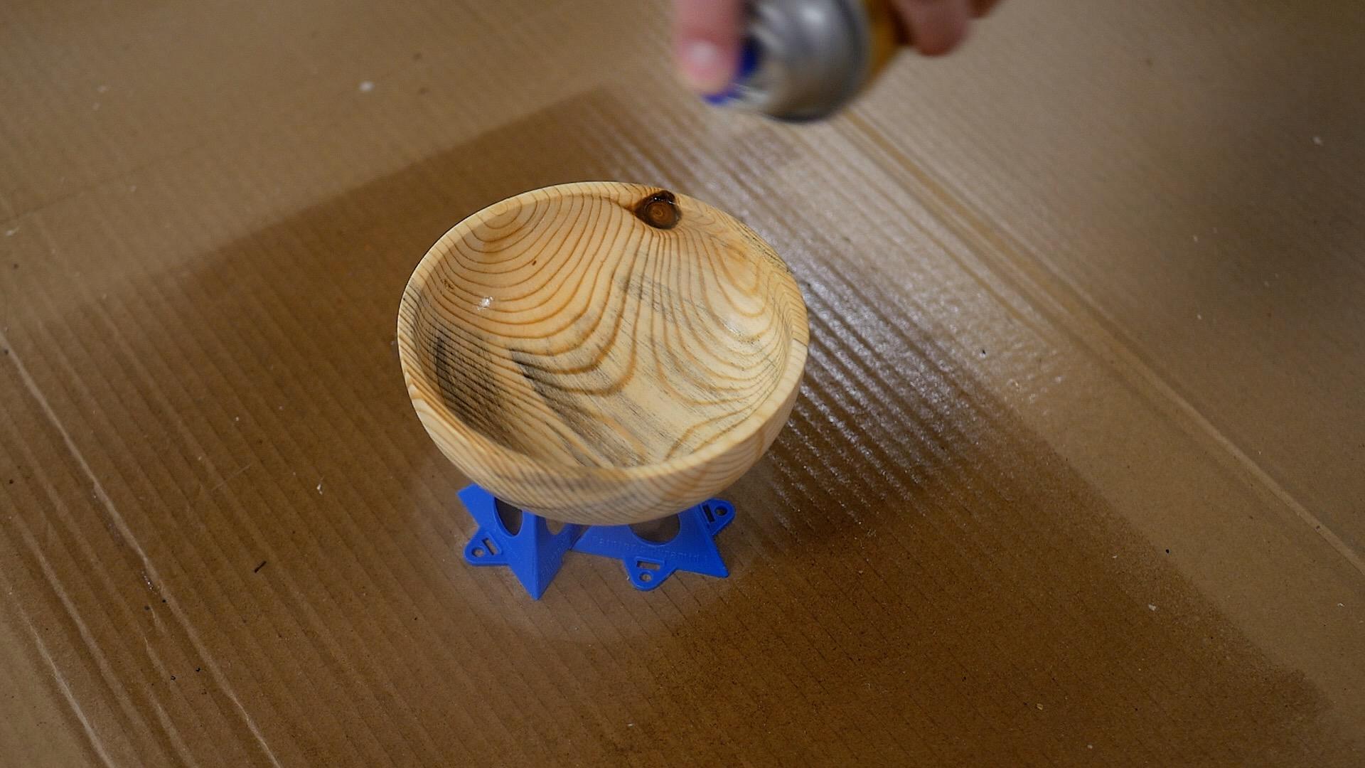 woodturning Log To Bowl apply finish