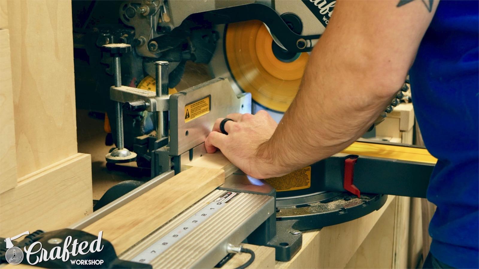cutting purebond plywood on dewalt flexvolt miter saw