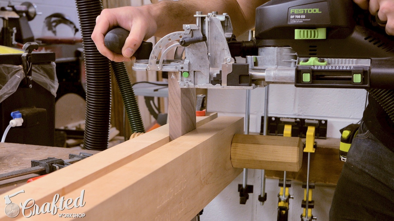 cutting dominos in walnut using festool domino xl df700