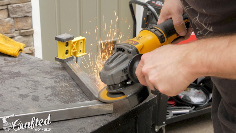grinding welds with dewalt flexvolt grinder