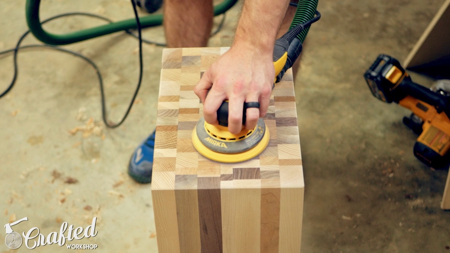 sanding end grain with mirka deros sander
