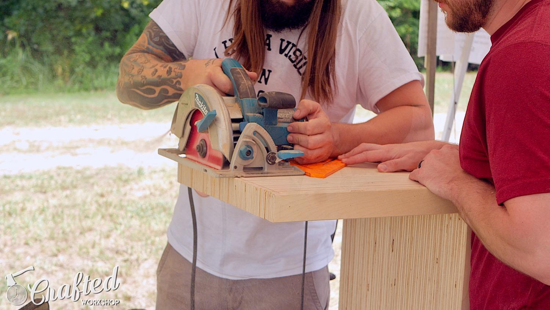 trimming plywood with a makita circular saw