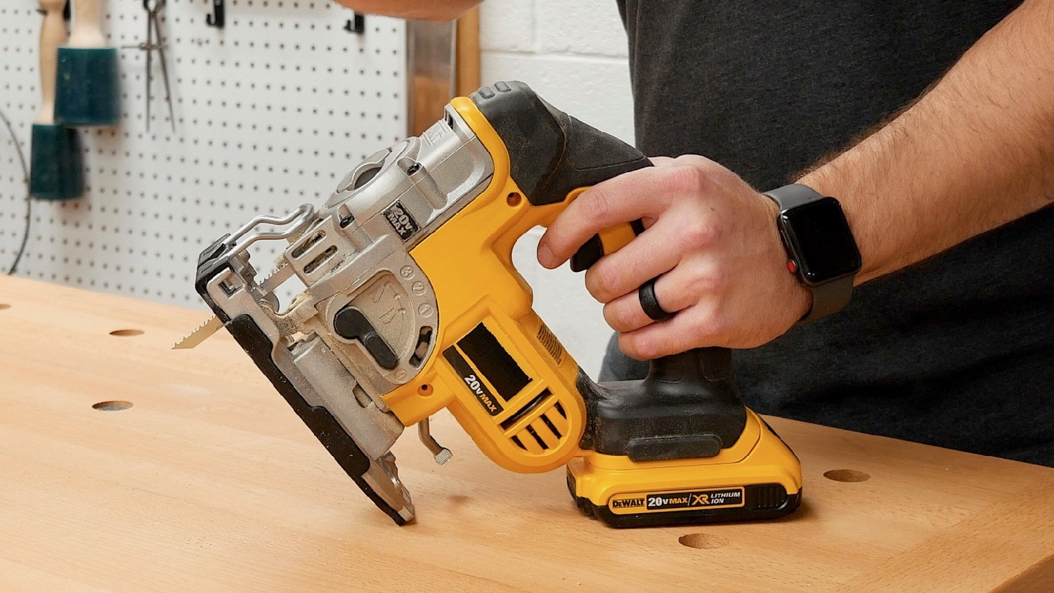 woodworking tools for beginners jigsaw