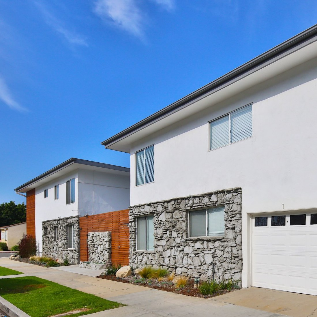 1801 WARDLOW - Long Beach, CA