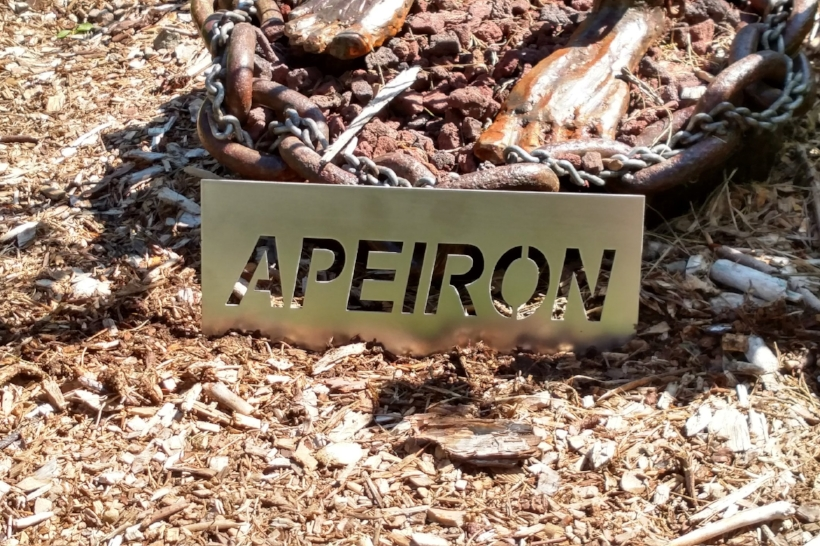 Apeiron-sign.jpg