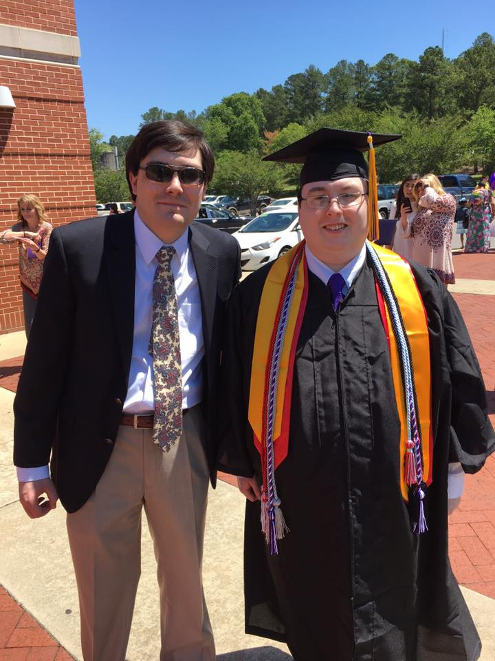 ZACH MILLER (2017)    Degrees : B.S. in History & Mass Communication