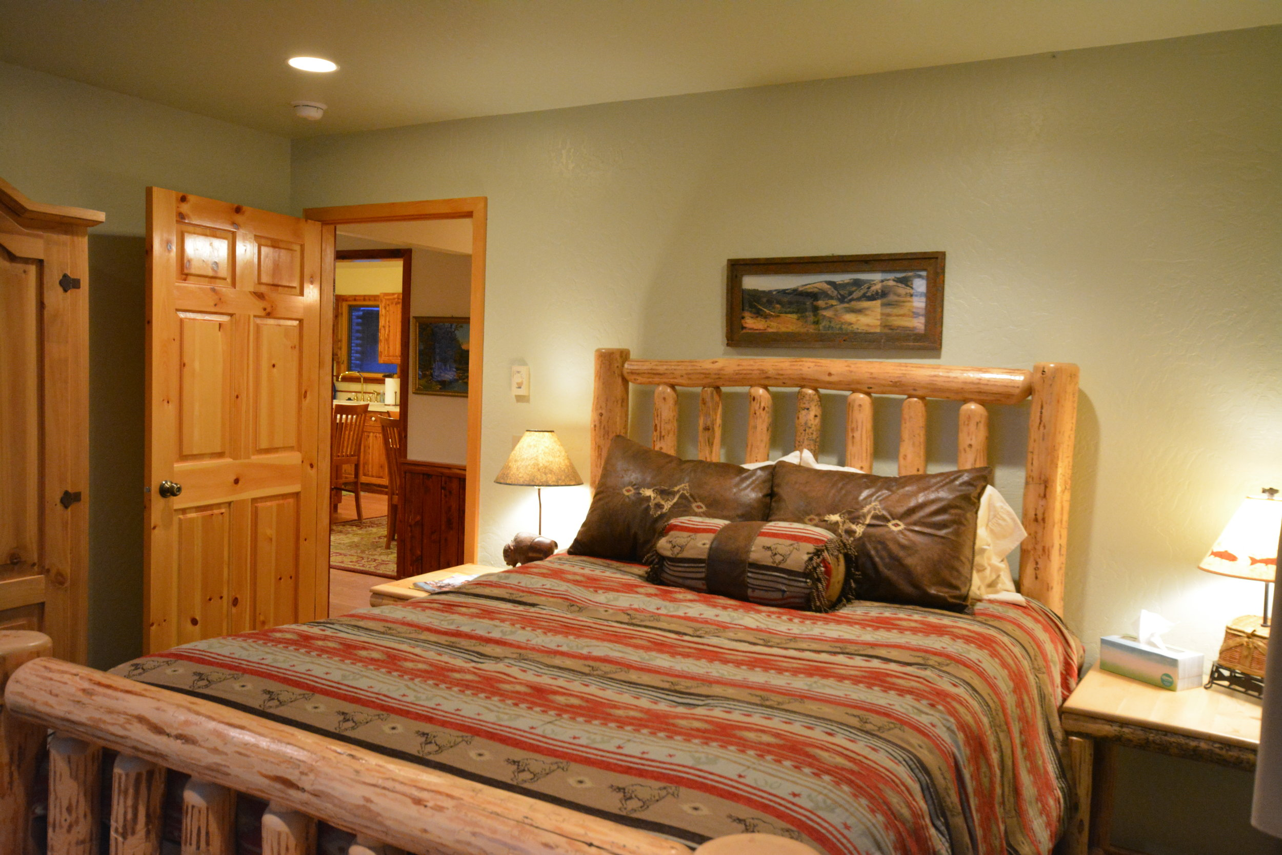 southeast bedroom3.JPG
