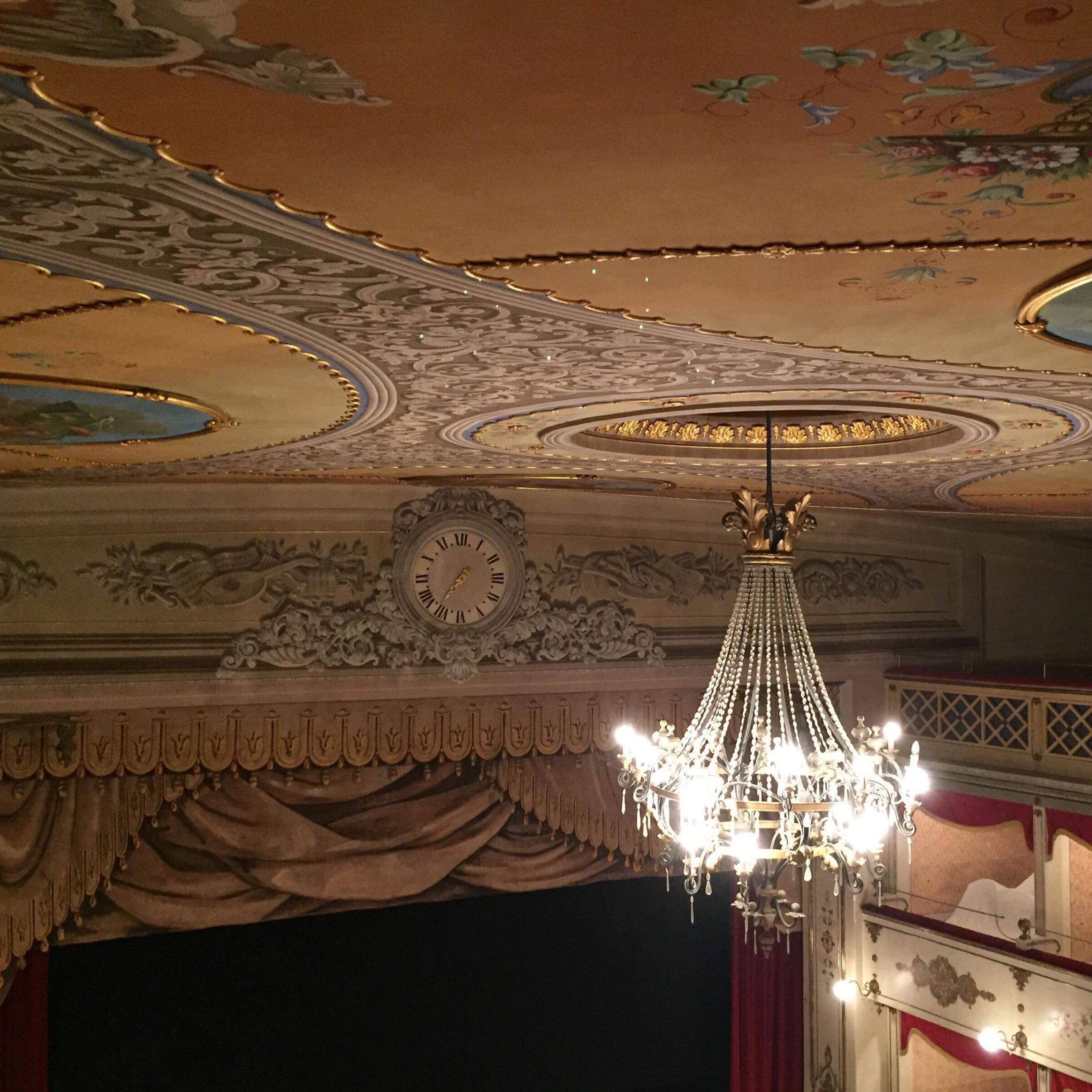 teatro-bramante.jpg
