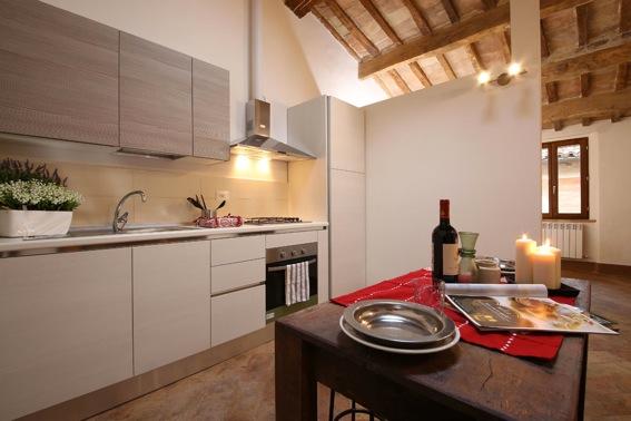 Kitchen 3.jpeg