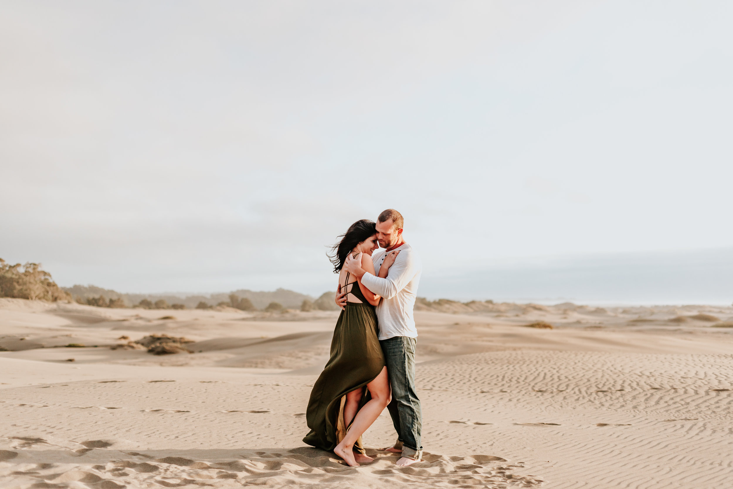 Mendocino+California+-adventurous+Couples+photographer