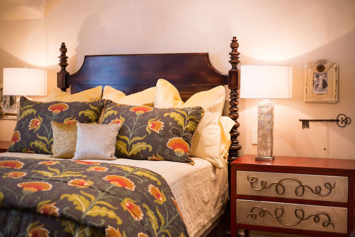 Bed2-6 copy.jpg