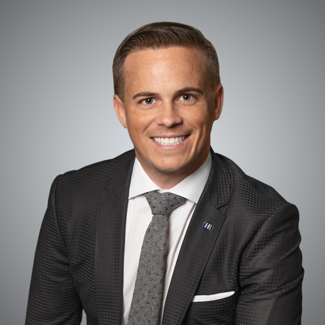 702.521.4358craig@huntingtonandellis.com - Craig was recognized as one of Las Vegas' 2019 40 Under 40 Influential Young Business Professionals. Craig has also been recognized in the WallStreet Journal the past 9 years for having one of the Top 250 Teams in the Nation. He has all been featured & recognized in BBC News, NY Times, Las Vegas Review Journal, CNN, CNN Unique Homes & Nevada Business Magazine.
