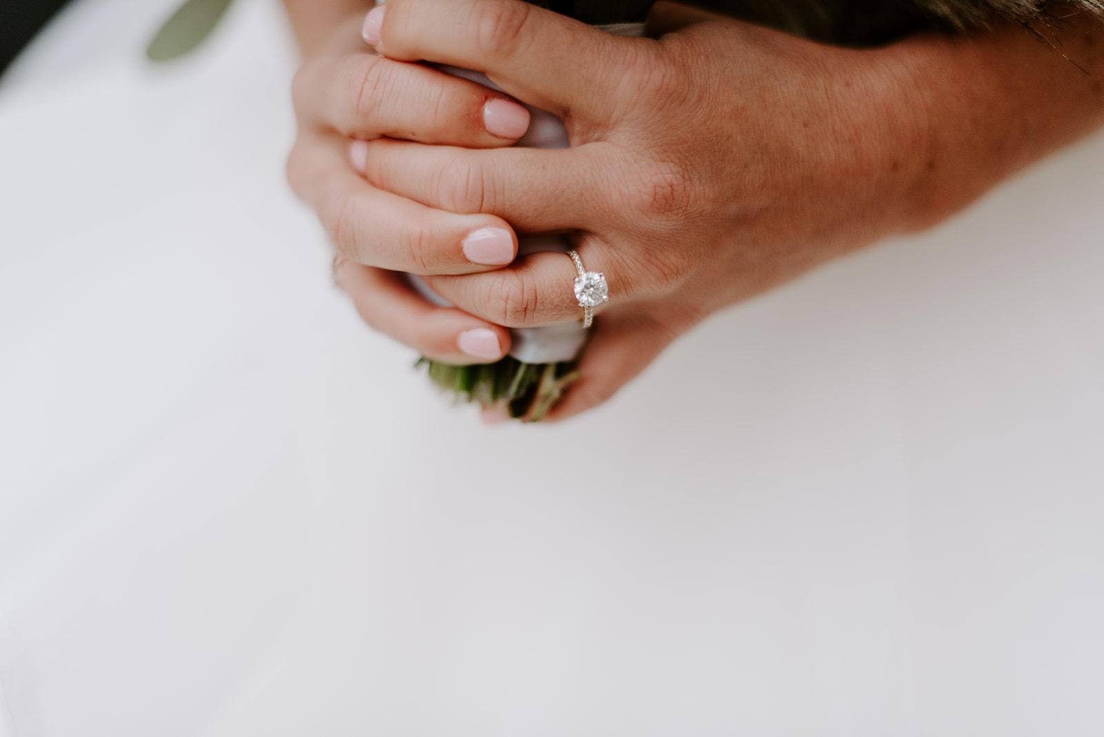 mrandmrsarcher_fortworthclub_wedding_kateandrew-129.jpg