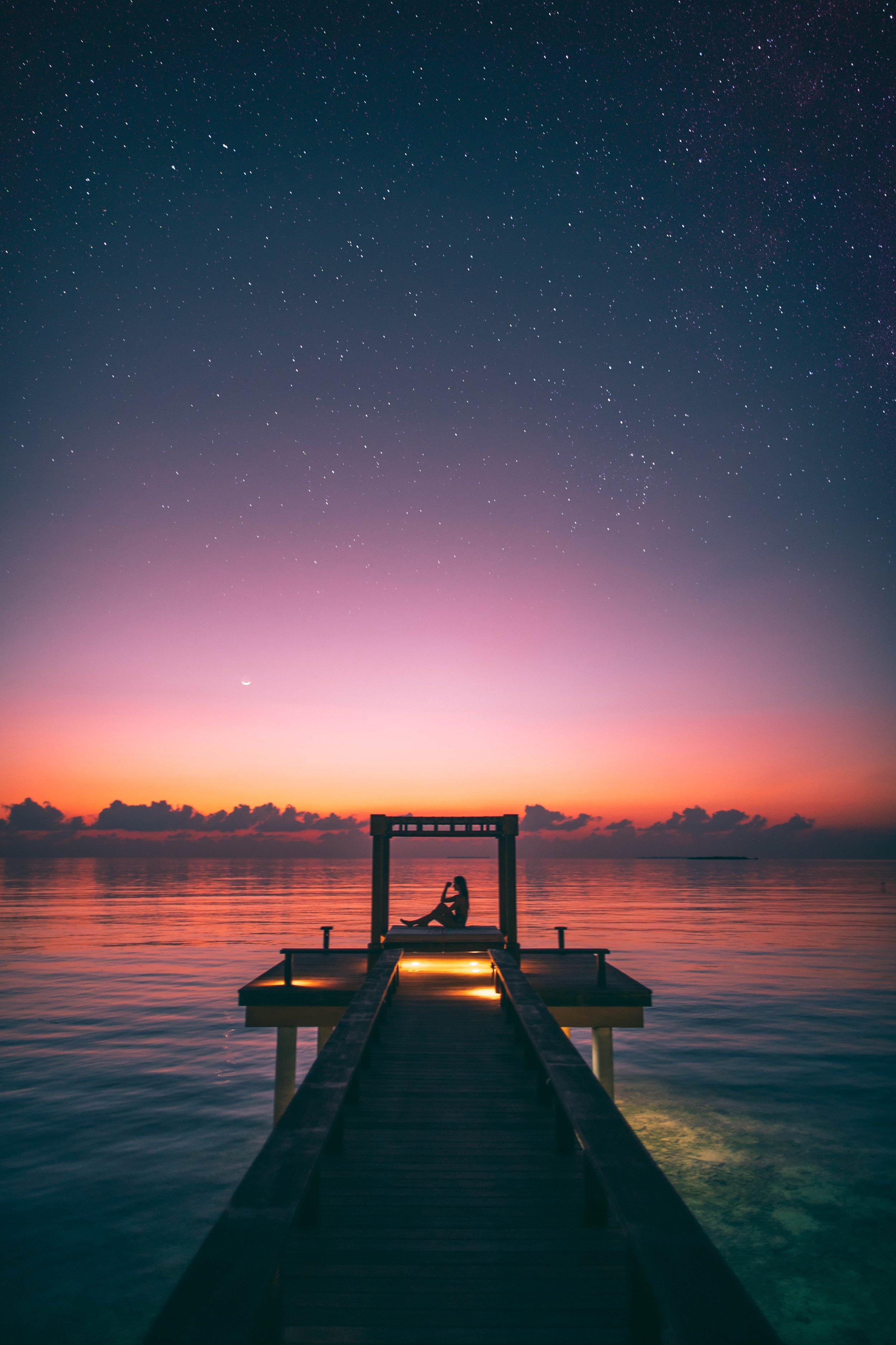 boardwalk-dawn-dock-2531237.jpg