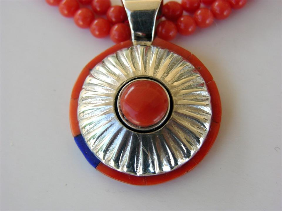 Coral necklace with Silver Embossed pendent, detail