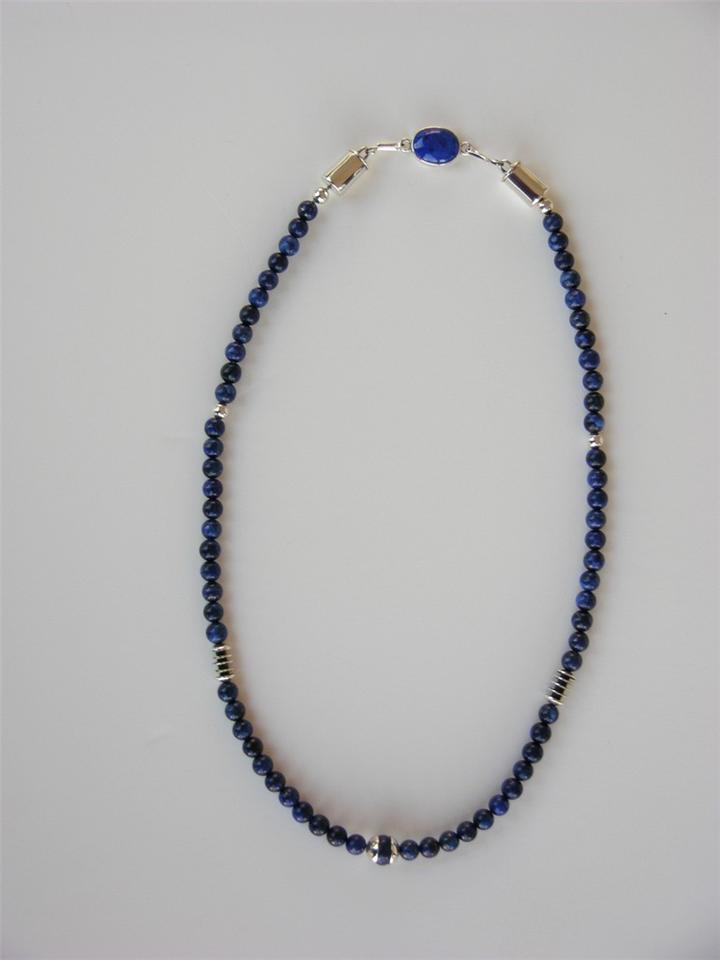 Silver lapis necklace
