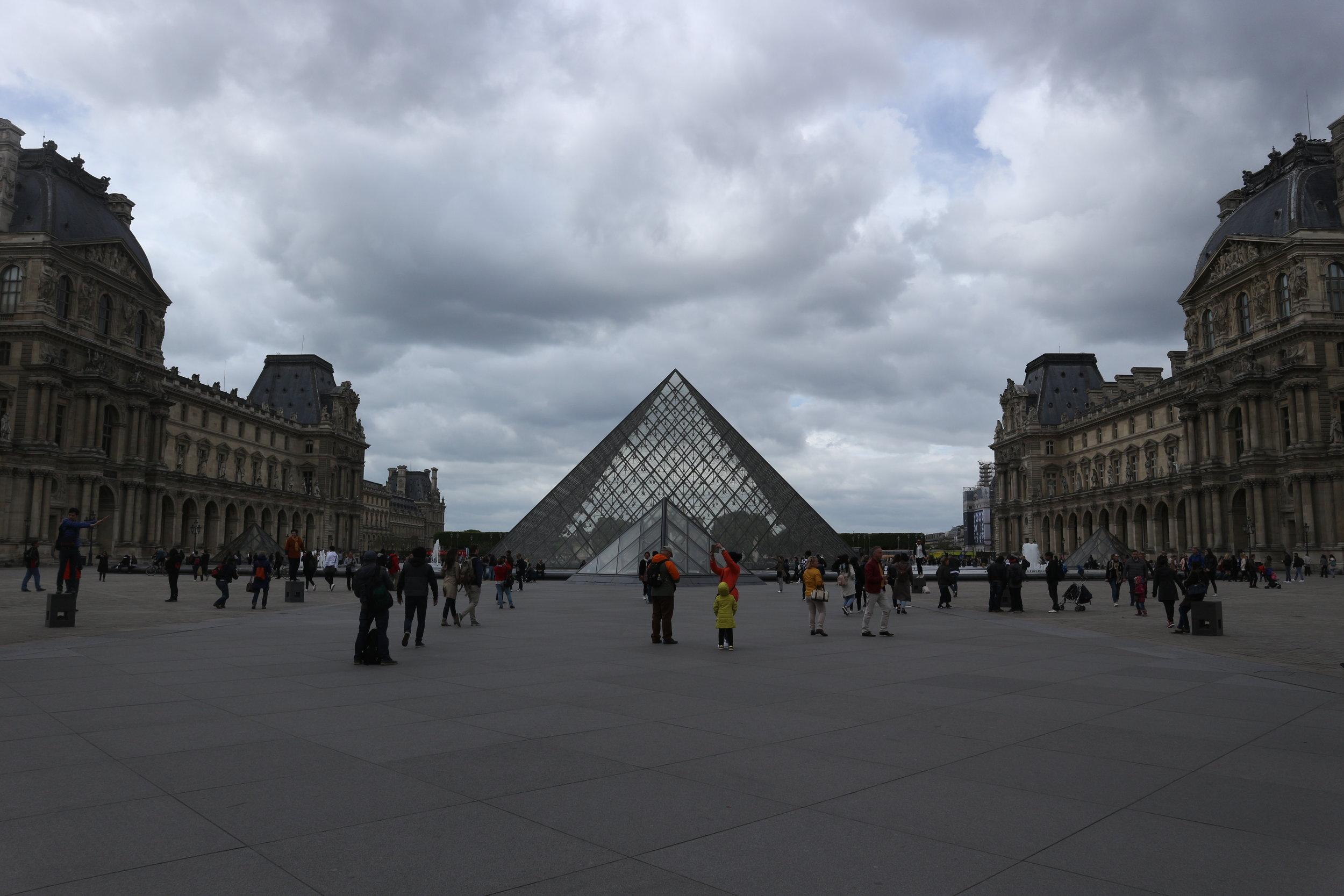 Louvre BillieGeena