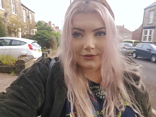 So, I used a wash in and wash out purple hair dye like 5 weeks ago. My hair is still partly purple and I'm really unsure what to do.  I was recently gifted some hair care products from @joshwoodcolour which I'm holding off using until the purple goes. The purple has 2 days to go or I'm whacking on more bleach so I can play with my new toys.  Tell me, have you had any hair disasters?  #joshwoodcolour #hair #lifestyle #lifeisgood #lifestyleblog#lifestyleblogger #purplehair #dyedhair #sheffield #sheffieldblogger #beautyblog #ineedachange #gifted