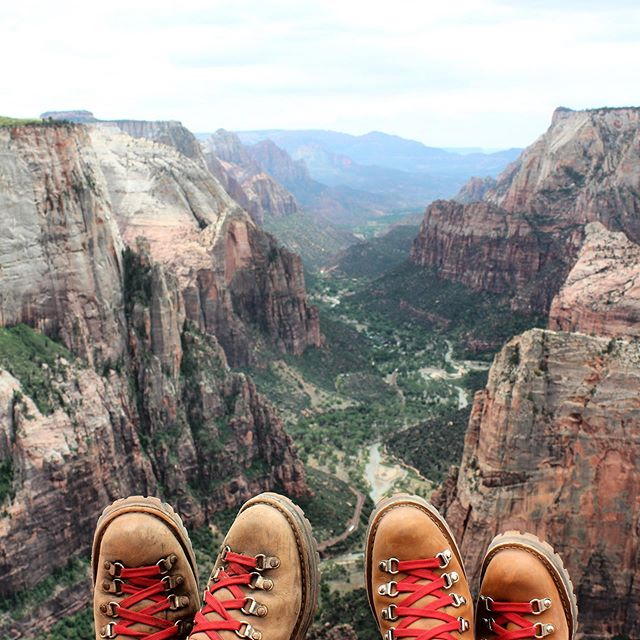Toes tingling for some nature-soaked adventure? Over the next few weeks, we'll be exploring some of our beloved National Parks - home to some of the most beautiful, accessible nature in the world. Tell us about your favorite Park! ... #trekkingtoes #hiking #hikingadventures #hikingboots #dannerboots #hikenevada #zionnationalpark #zion #angelslanding #angelslandingtrail #angelslandingzion #nationalparks #nationalpark #smokeythebear #adventuretime #wanderlust #nature #naturetravel #naturevacation
