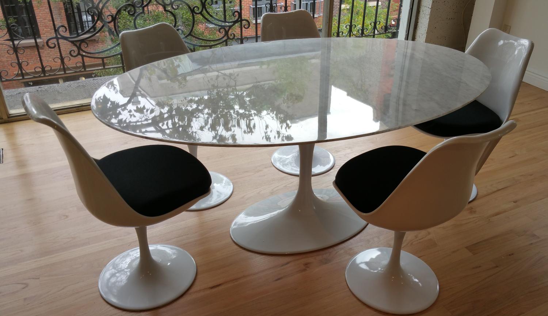 Oval Saarinen Tulip Style Marble Dining