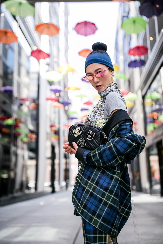 Chanel-brooch-adorned-bag-3.jpg