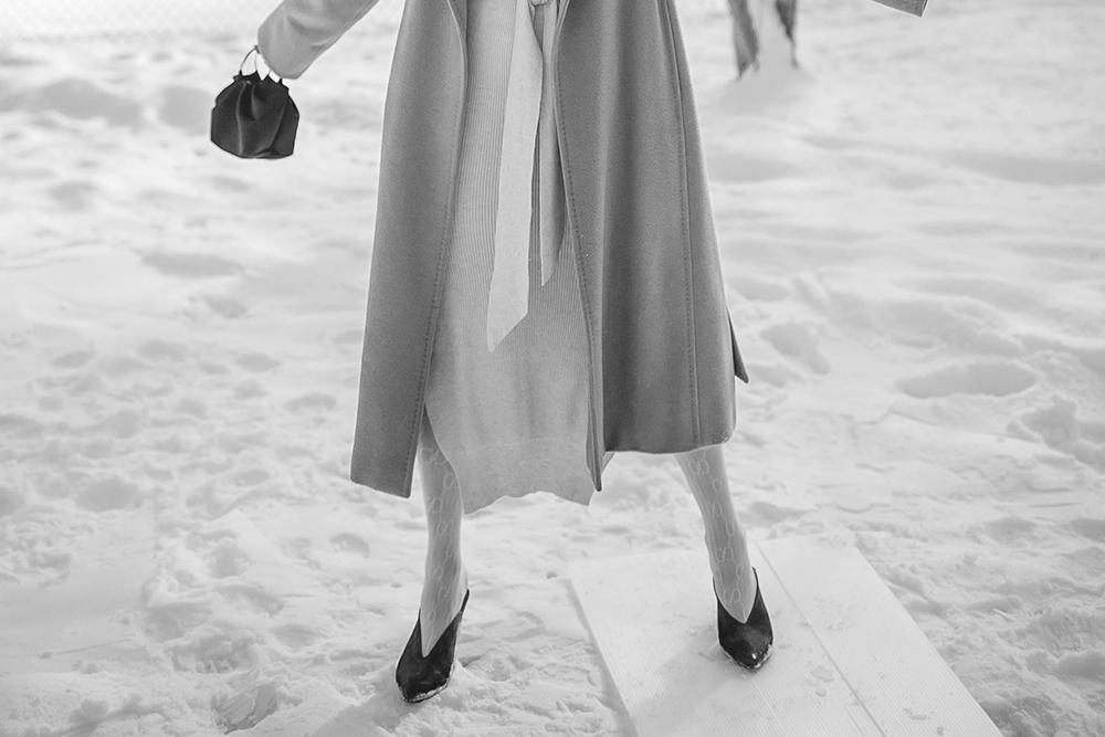 neutural-layering-Gucci-white-tights-3.jpg