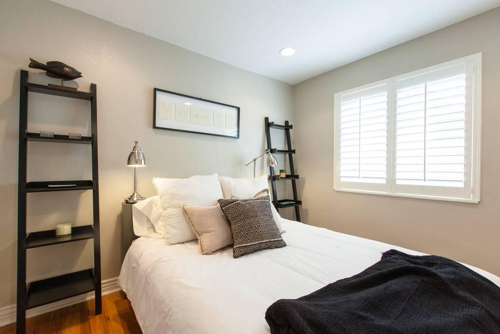 Denver Airbnb Bedroom - The Urban Bungalow