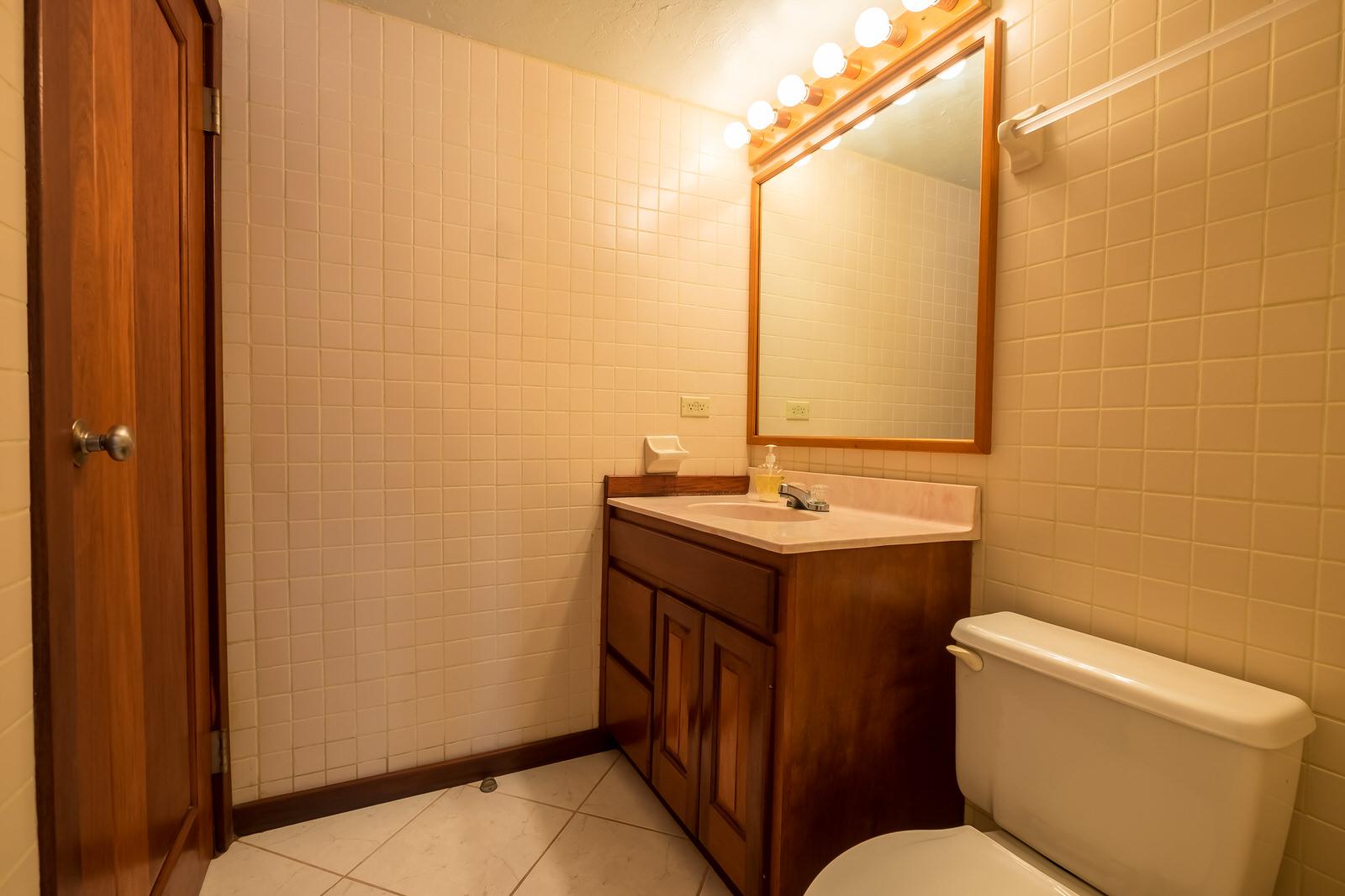 Royal Palm 8c interior-15.jpg