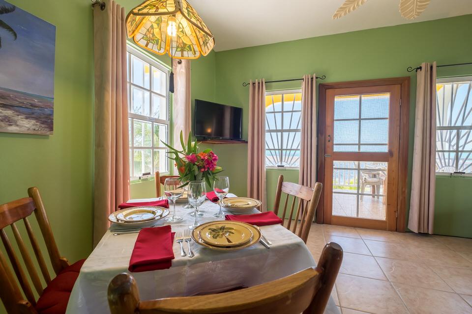Casa De Mango Dining Room