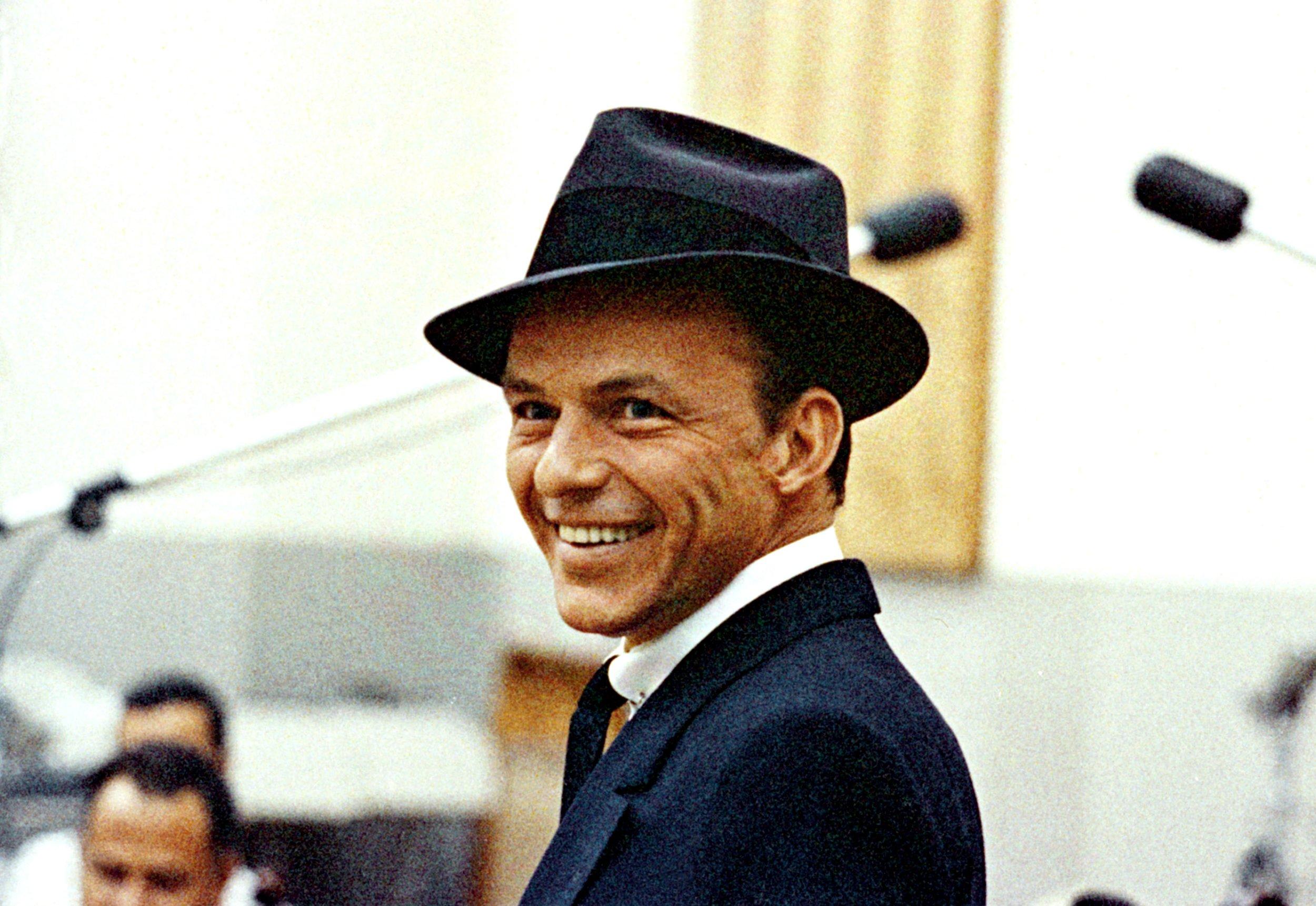 Frank_Sinatra_2.jpg