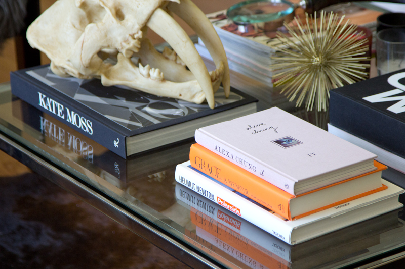 Marvelous-Fashion-Coffee-Table-Books-Inspiration-Coffee-Table-Decoration-Ideas-Designing-with-Fashion-Coffee-Table-Books.jpg