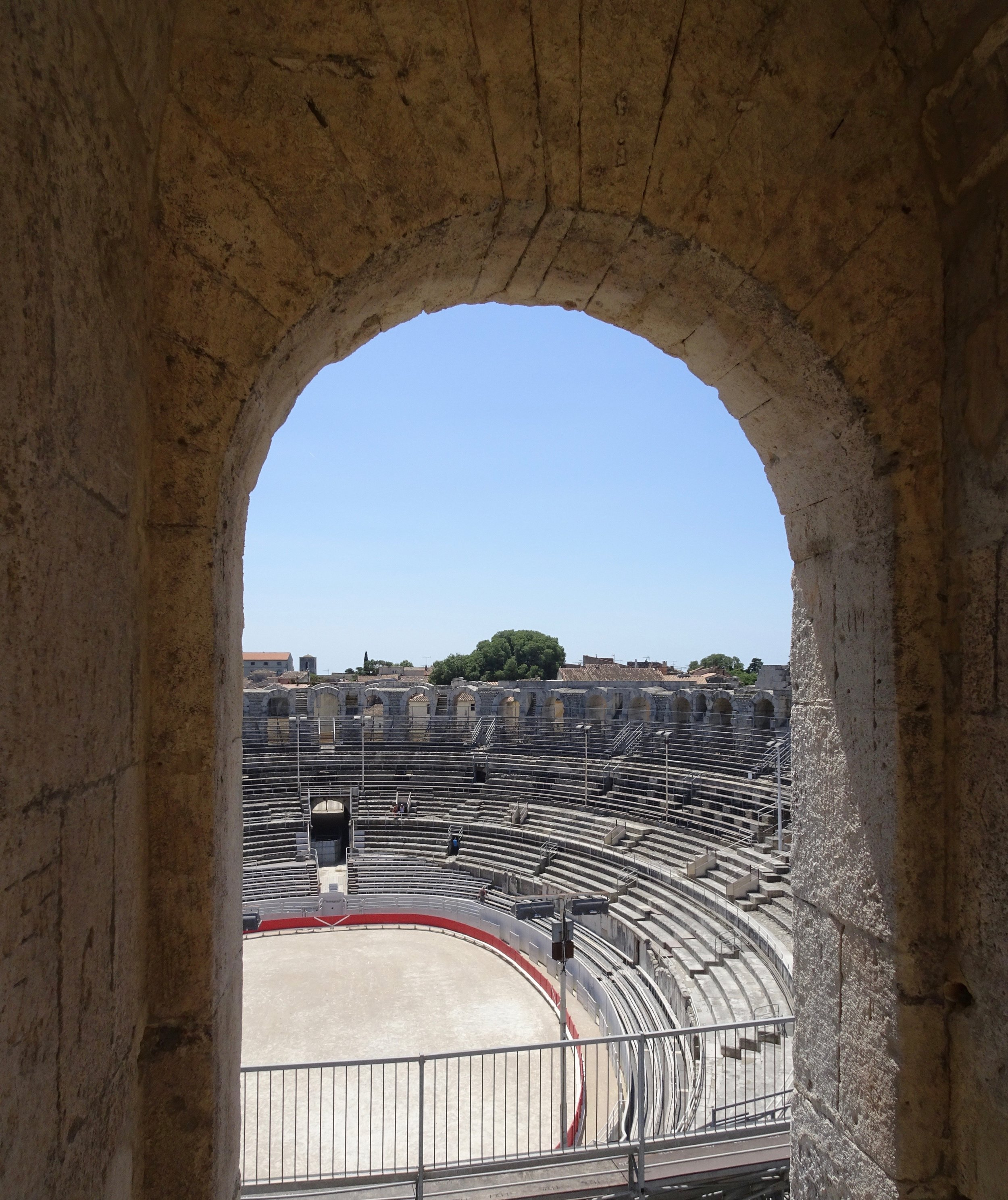 Arles, ready to rock and roll