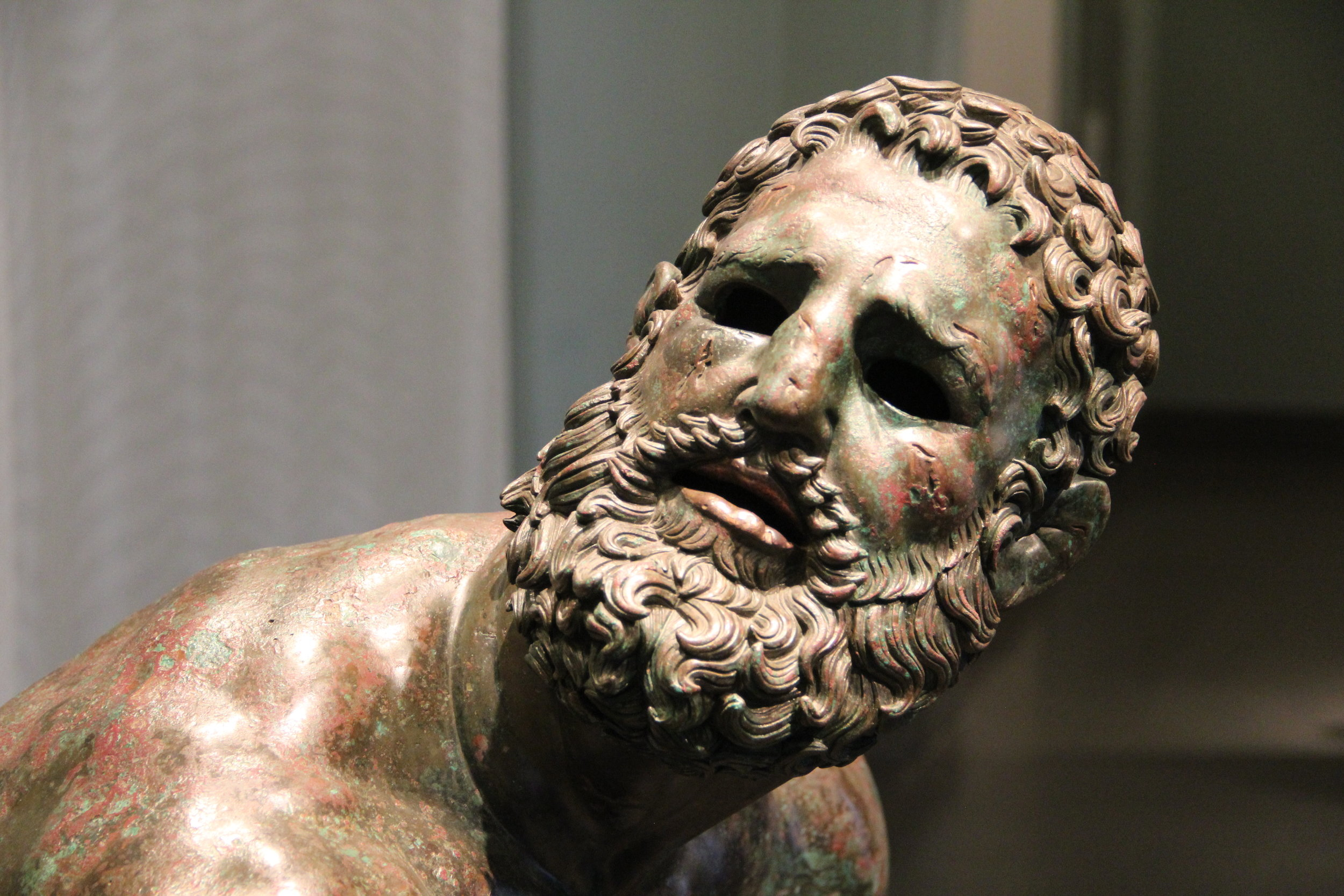 The  boxer at rest  in the National Museum of Rome