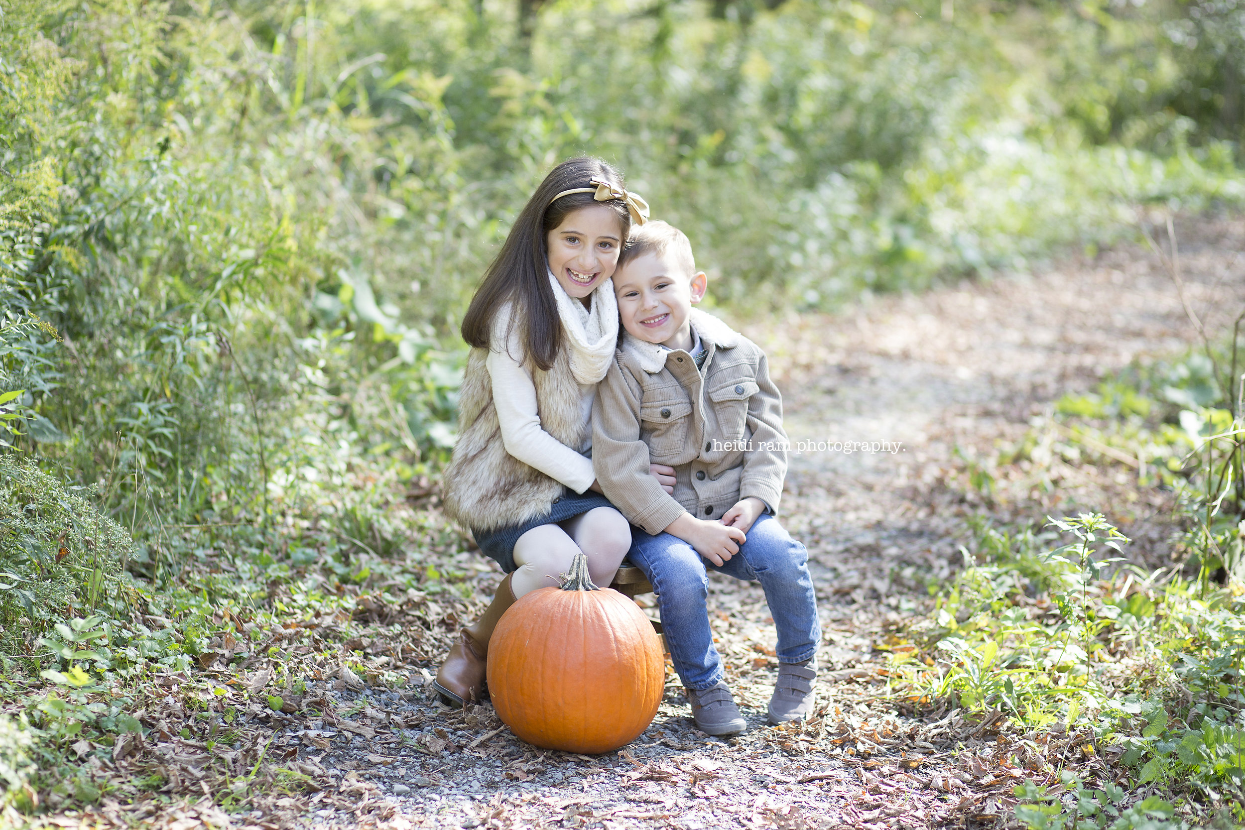 Oakville-FamilyPhotographer- Heidi-Ram-Photography_200.JPG