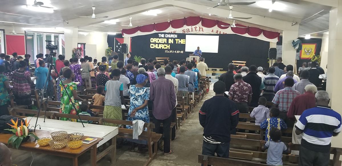 DBC Crowd5.jpg