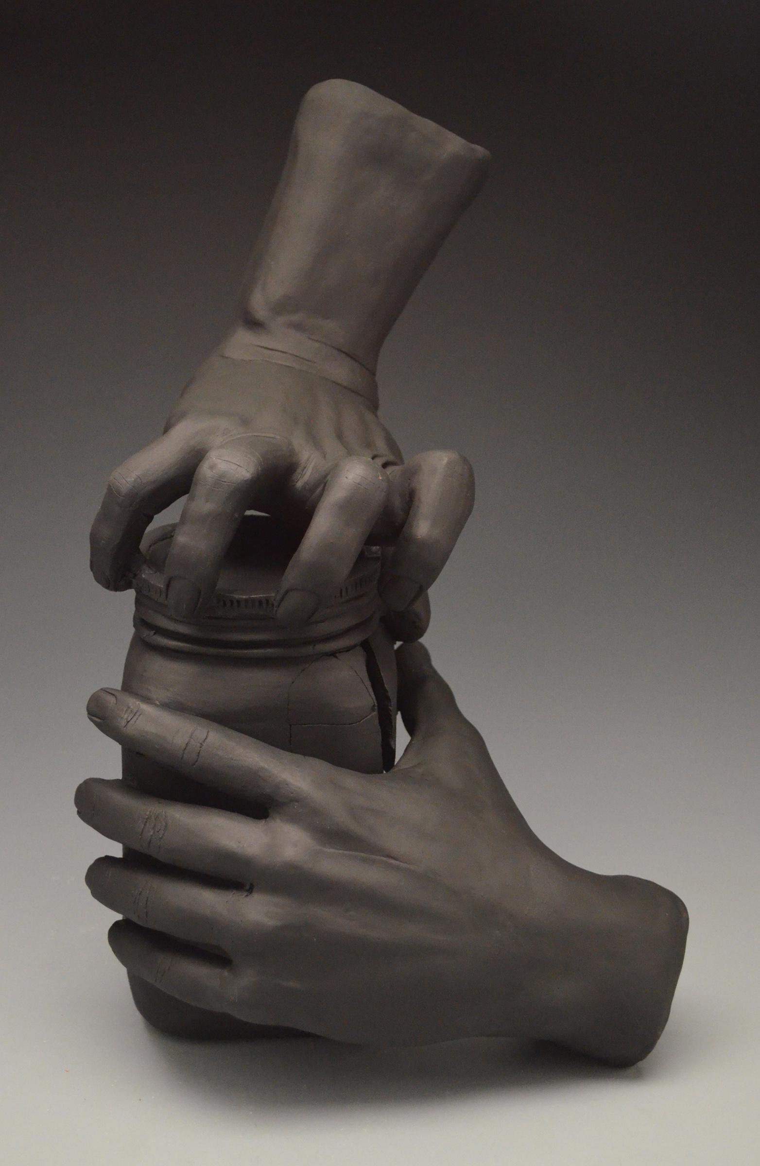 12. daniela londono-bernal hands3.jpg