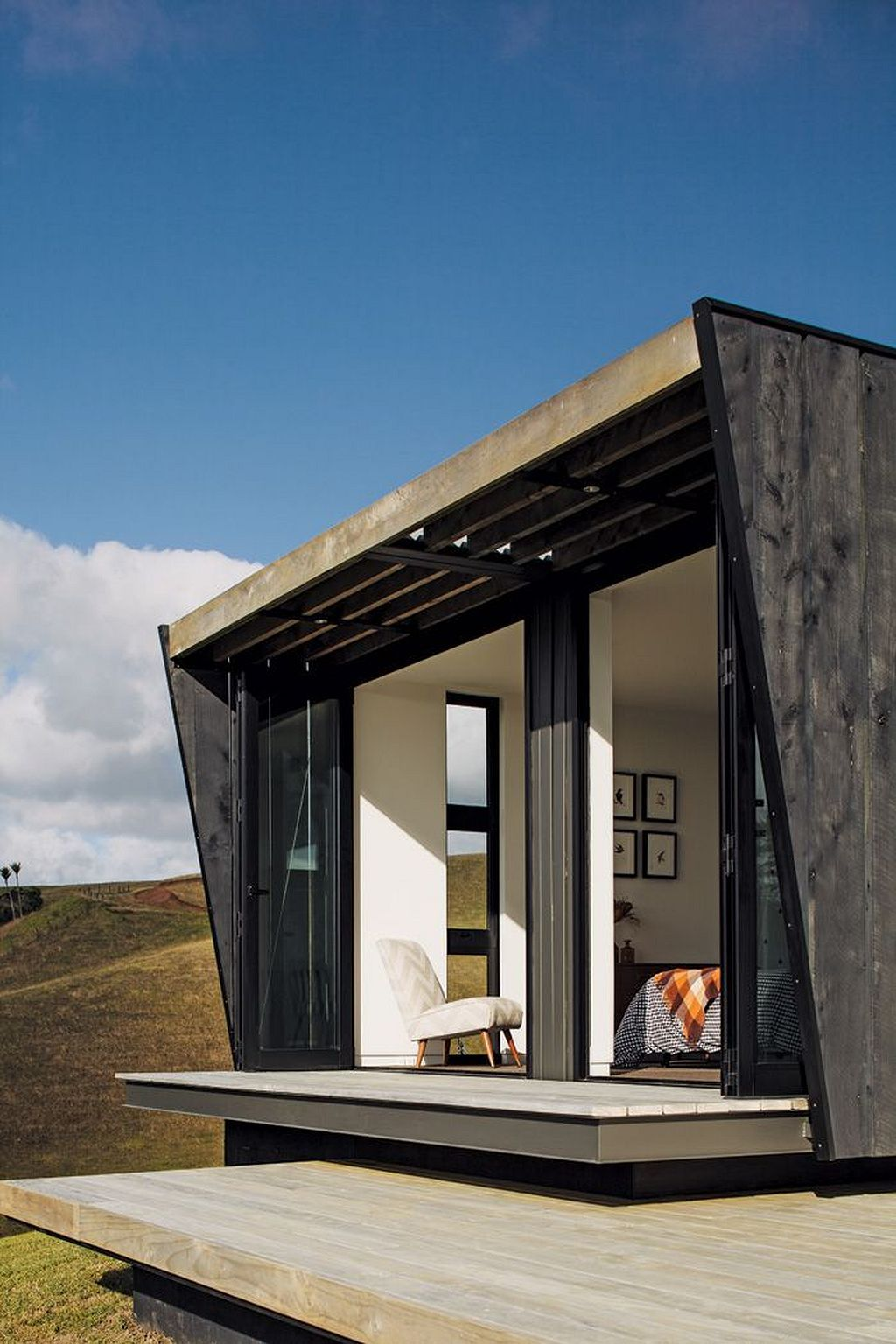 Modern-Shipping-Container-Homes-16.jpg