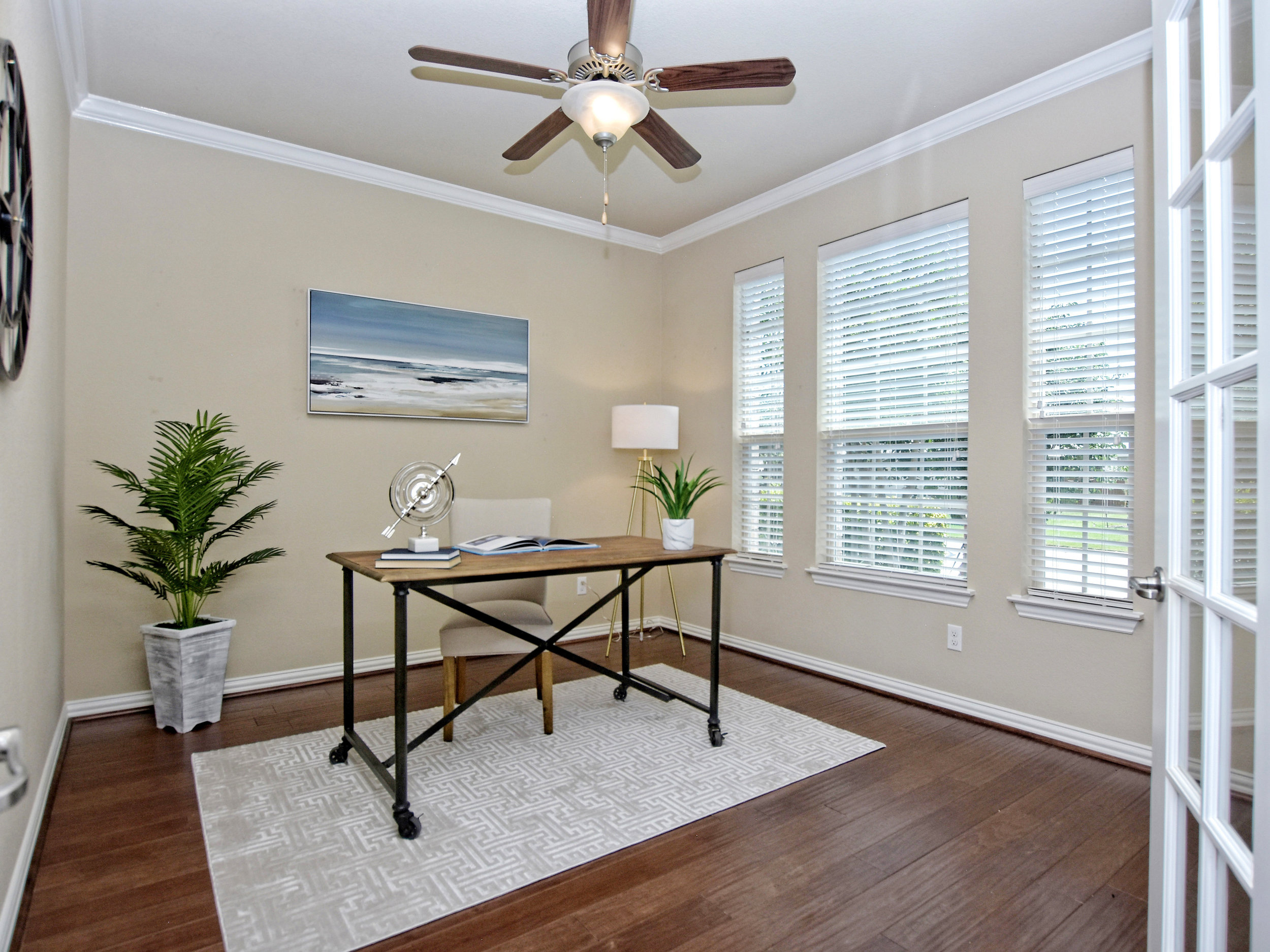 Staging by Debut Homes. Photography by Shutterbug.