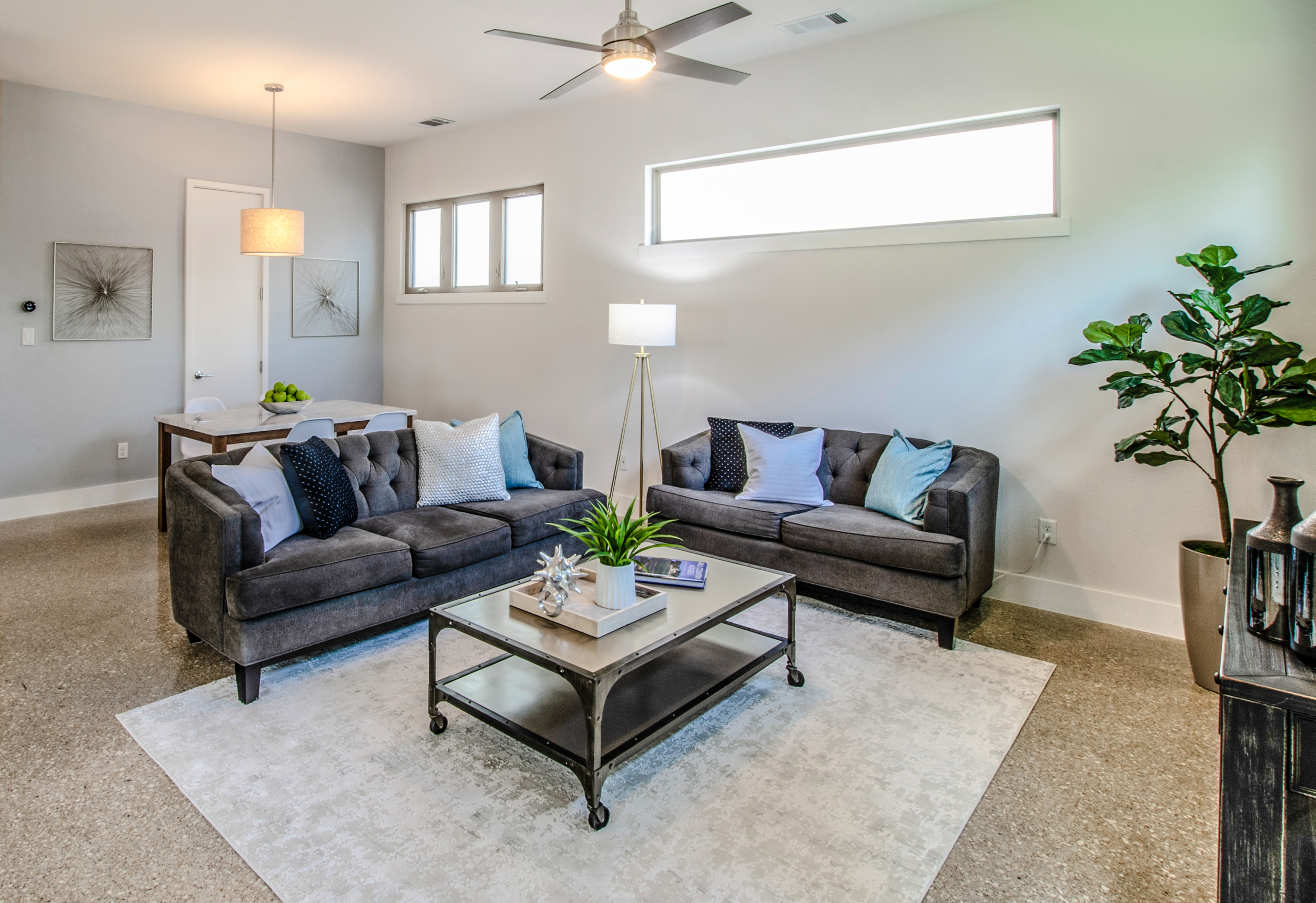 Staging by Debut Homes.  Photography by Hadyen Yates, Simply Splendid.