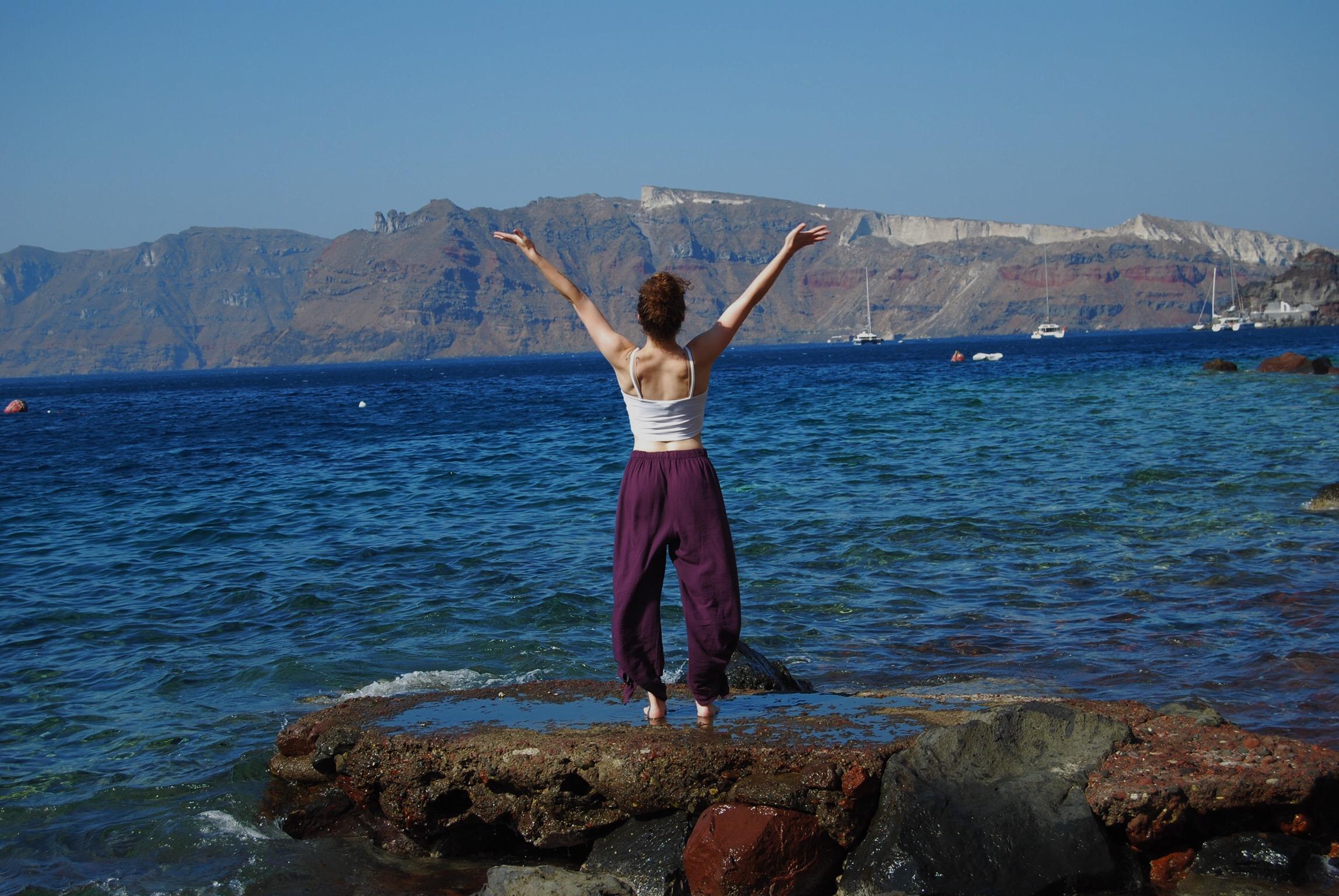 Greece upward salute.jpg