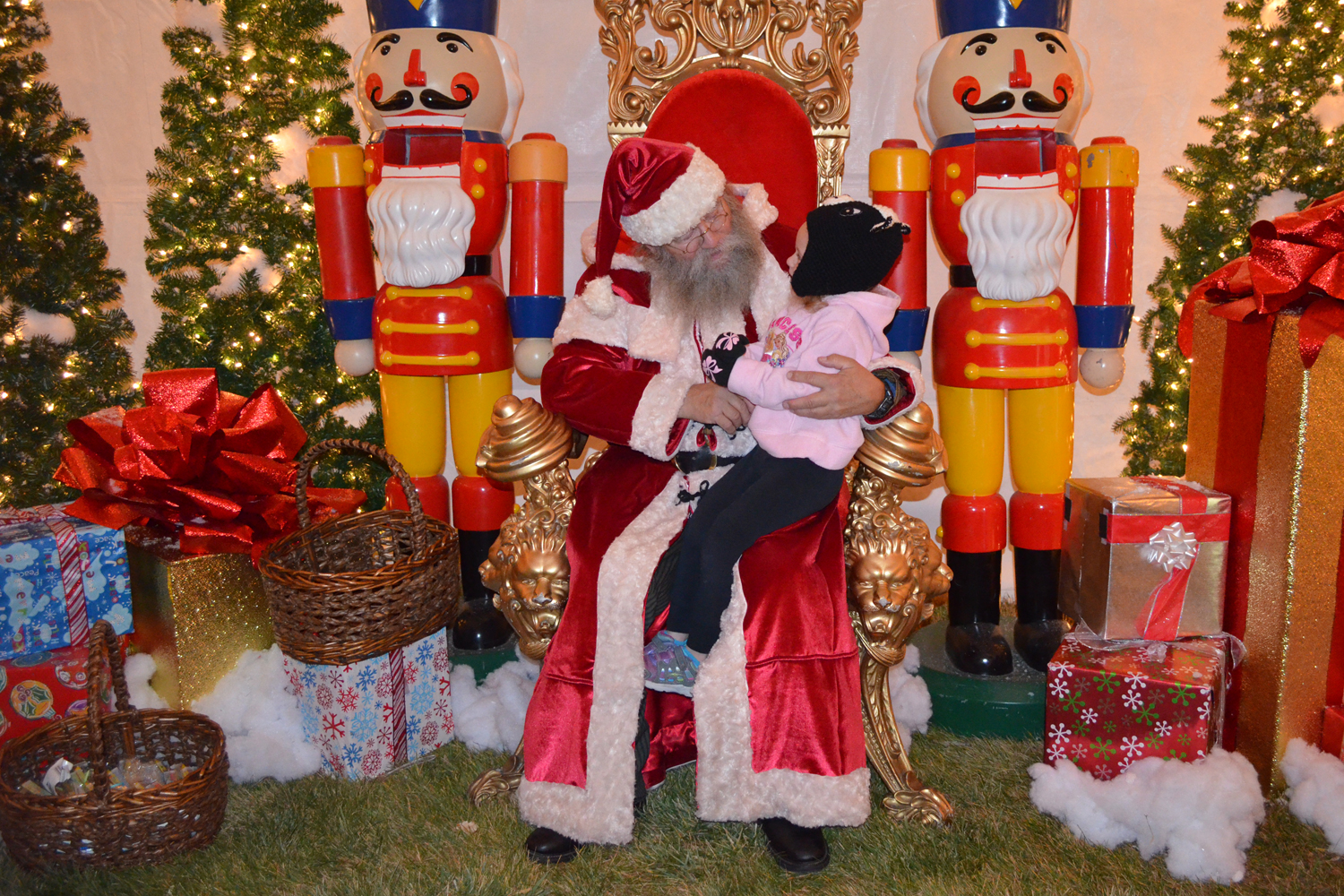 little-girl-with-st-nicholas.jpg
